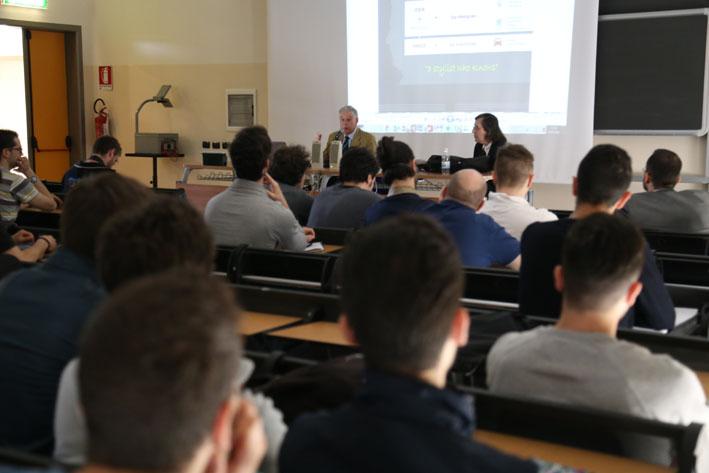 La sala colma dei numerosi studenti ed addetti ai lavori intervenuti roberto brancolini copyright