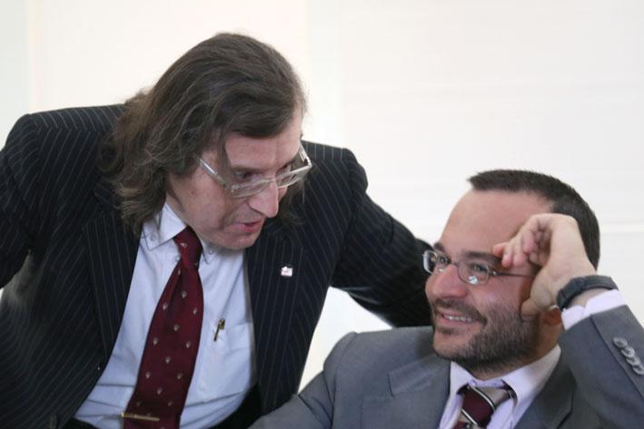 Il Prof. Fabrizio Ferrari (a sinistra), commenta con il Prof. Francesco Leali - Roberto Brancolini copyright