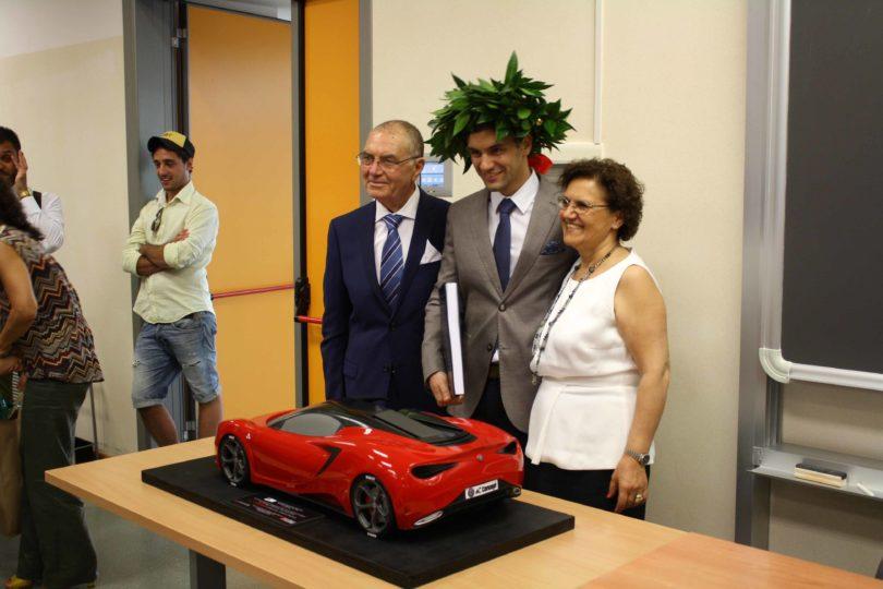 Il neo laureato Ing. Gianfranco Spanò, con la famiglia Photo copyright: Lorenzo Ferrari