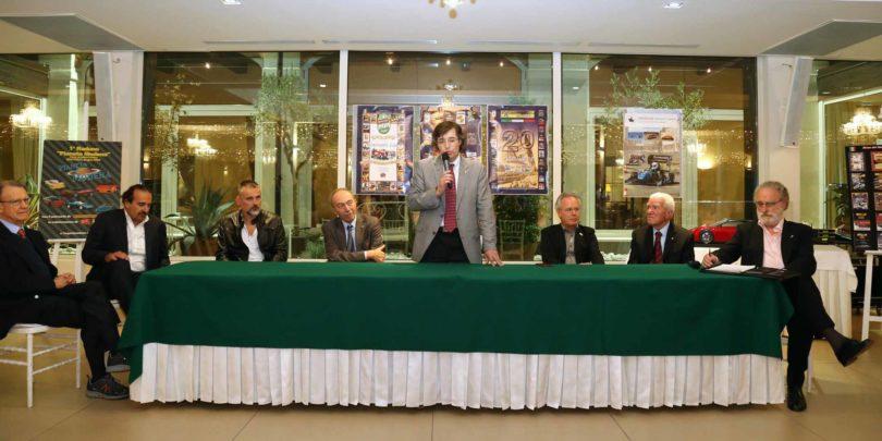 """Modena, 23 settembre 2016, Ristorante Vinicio: 20° Anniversario """"Menu dei Motori"""" (1996-2016) Una fase del dibattito iniziale Photo copyright: Roberto Brancolini"""