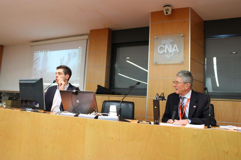 Prof. Francesco Gherardini (UNIMORE a sinistra) e OSCAR SCAGLIETTI ( a destra) - Copyright: PIANETA MODENA snc