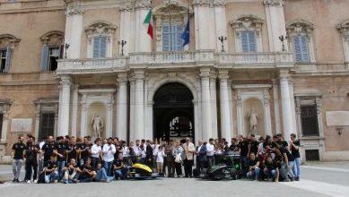 Photo of Il presidente della Regione Emilia Romagna premia gli studenti dei due team MMR e MMR Hybrid di Unimore