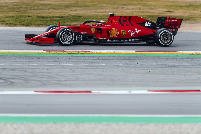 190017-test-barcellona-leclerc-day-2-810