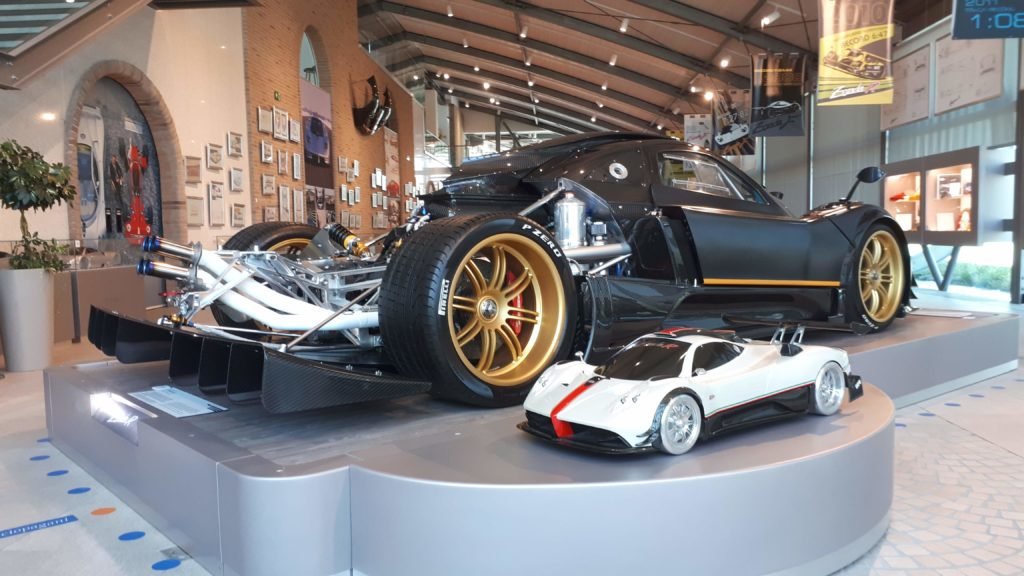 video 10 mins of pagani zonda r eargasmic exhaust note start up warm up accelerations
