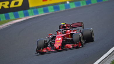 Photo of Hungarian Grand Prix – Carlos fourth in chaotic race at the Hungaroring